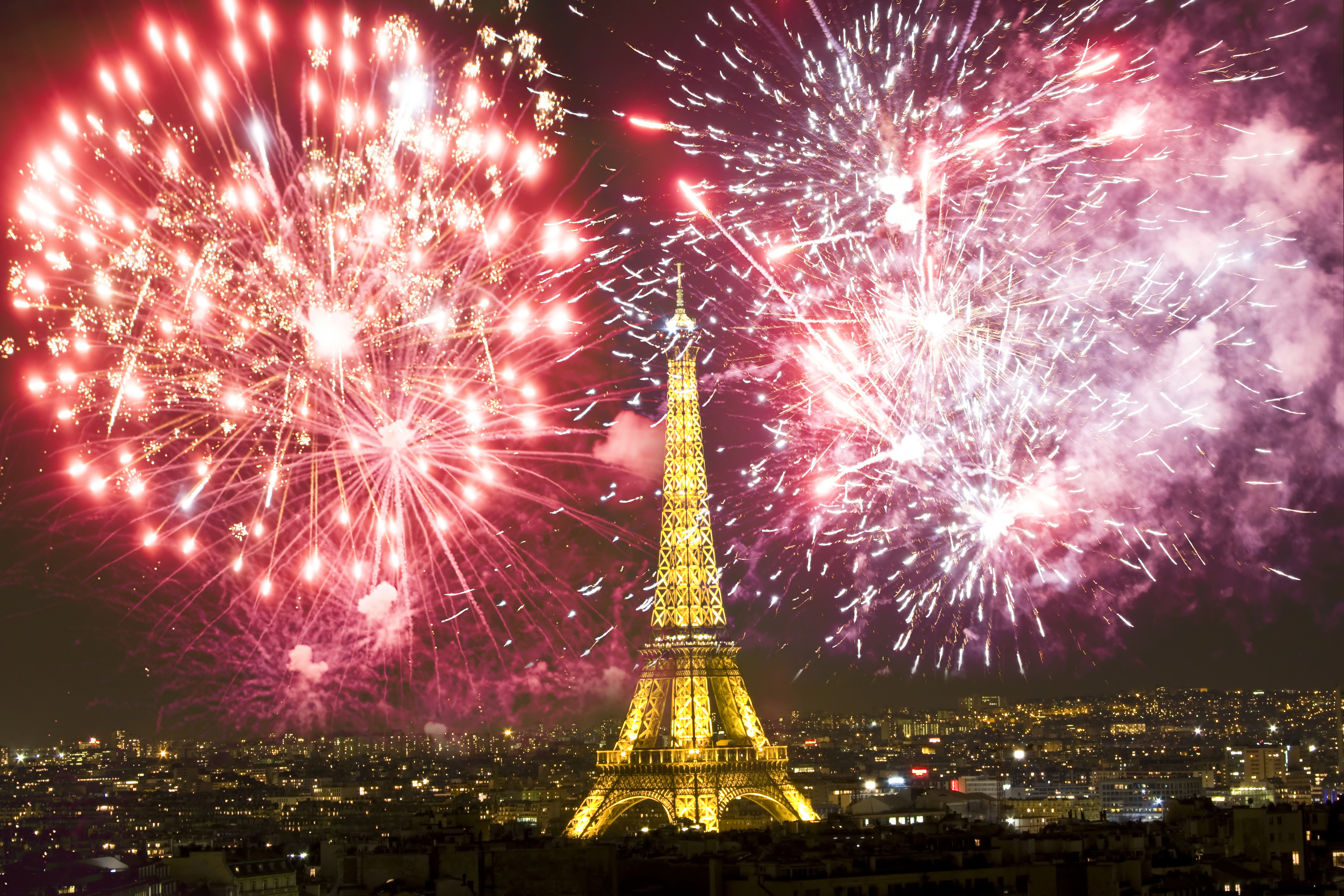 new_year_paris